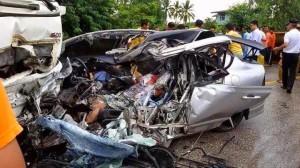 truck-crushes-sports-car-thailand-kills-six-01