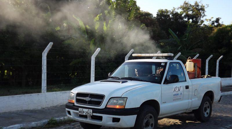 Carro fumacê Assú