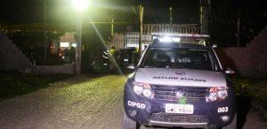 3ago2016-detentos-da-penitenciaria-estadual-de-parnamirim-na-grande-natal-fazem-motim-na-noite-desta-quarta-feira-1470571231992_615x300